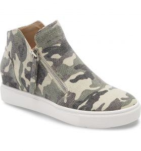 Light Camouflage with White Sole