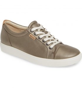 Echo Soft 7 Stone Metallic Comfort Sneaker